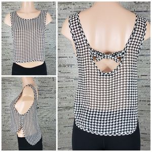 Kiwi Tucker Houndstooth Tank Top